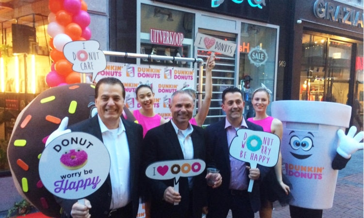 Dunkin' Donuts opens first location in the Netherlands - Photo from left to right: Nabil Besali (Netherlands franchise partner) Bill Mitchell (President Dunkin' Brands International) and Roberto Fava (Netherlands franchise partner).