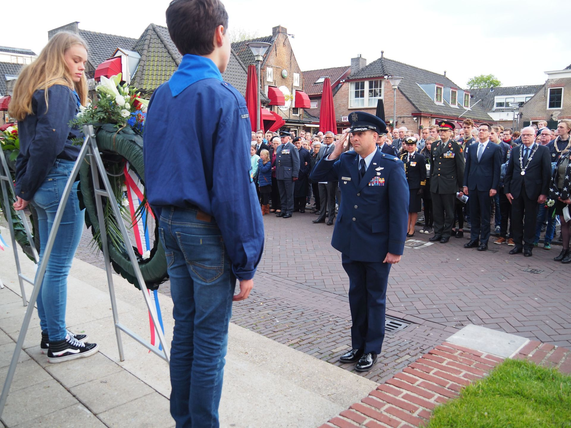 Dodenherdenking In Barendrecht How To Apply For A Uk Tourist Visa In The  Philippines