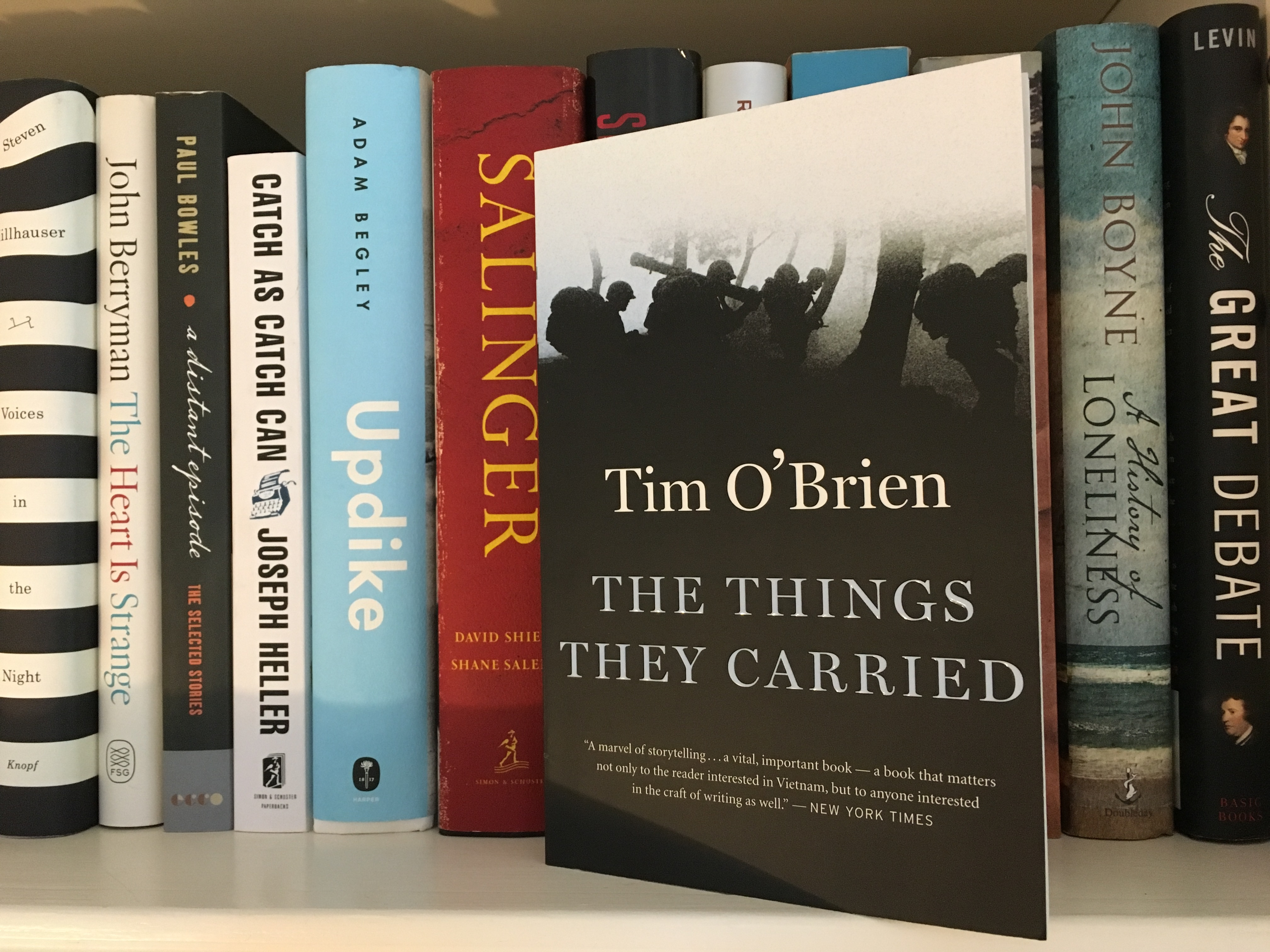 a review of tim obriens book the things they carried