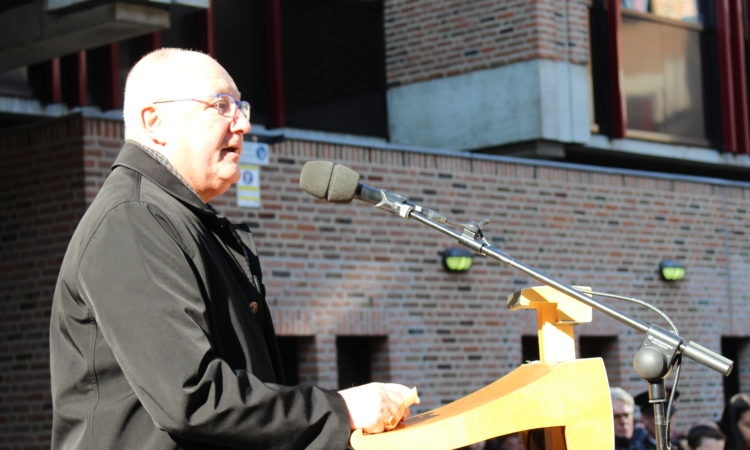 Ambassador Hoekstra speaks at the Commemoration of the bombing of Nijmegen