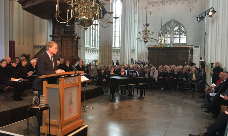 Deputy Chief of Mission Shawn Crowley gives remarks in the Sint Stevenskerk, Nijmegen